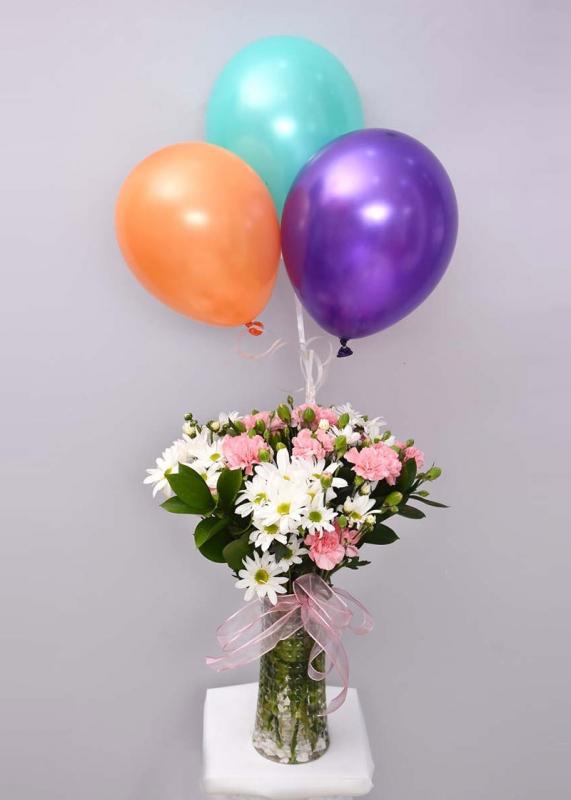 Kır Çiçeği ve Uçan Balon