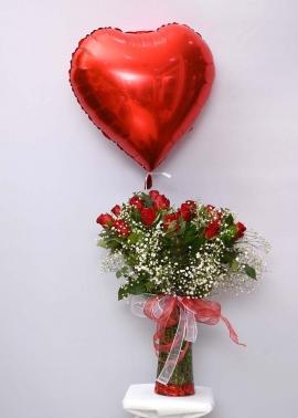 Kalpli Uçan Balon ve 15 Güller