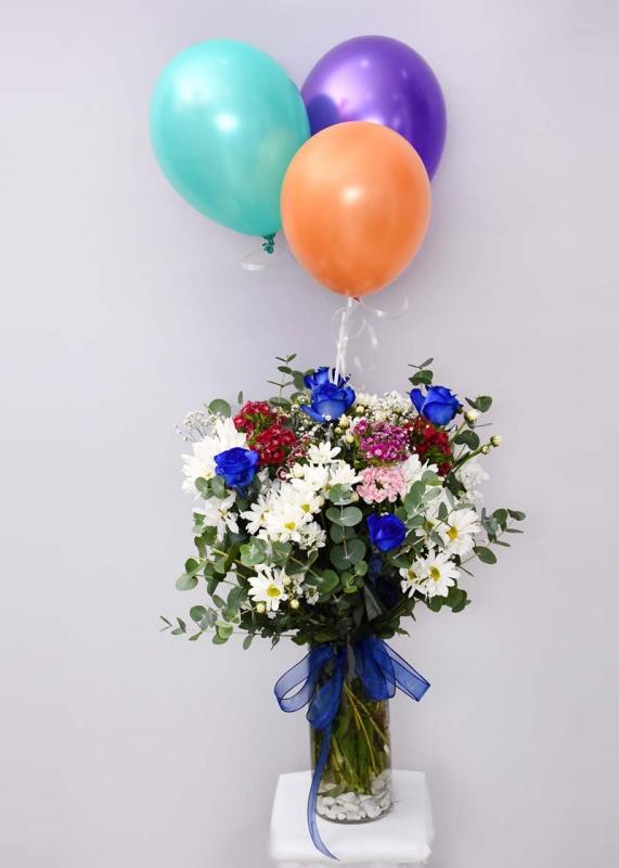 Mavi Güllü Çiçek ve Uçan Balon