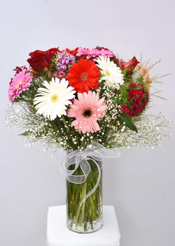 Renkli Çiçek Aranjmanı