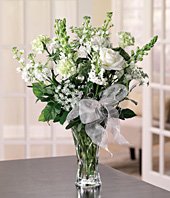Cam Vazoda Beyaz Çiçek Aranjman