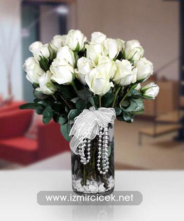 Vazoda 21 Beyaz Güller