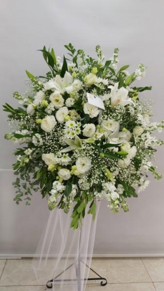 Beyaz Ferforje Çiçekleri