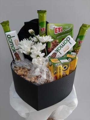 İzmir Çiçek Çikolata Kutusu
