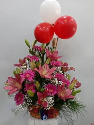 Pembe Lilyum Çiçek Sepeti